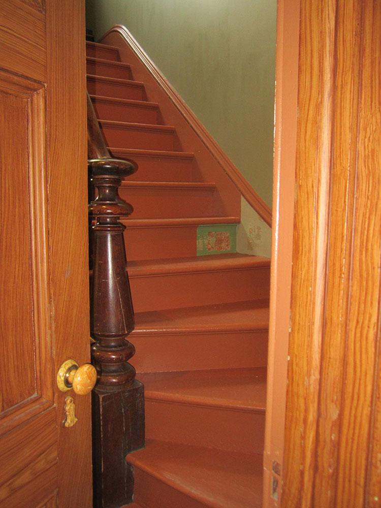 Servant-Staircase-1