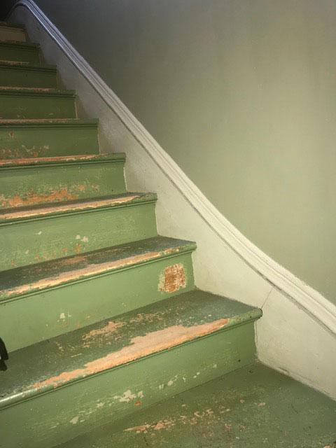 Servant-Staircase-2