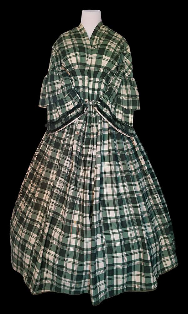 Dress, c.1850s 982.10.04