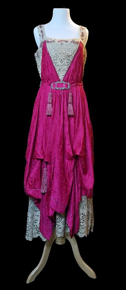 Dress, 1914-1919 986.41.09